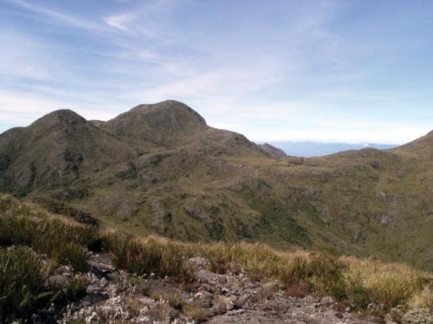 A Pedra da Mina, com 2 798 m de altitude, é o ponto culminante da Serra da Mantiqueira.